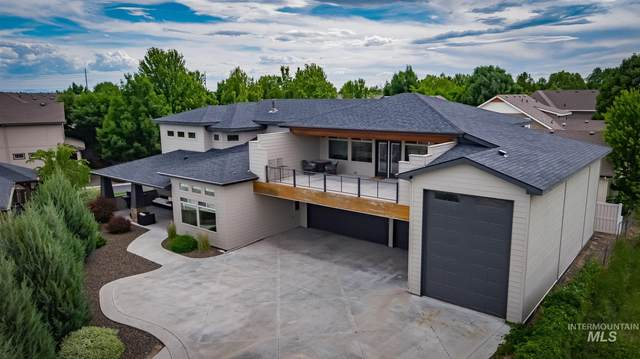 1084 E Shadow Creek Ln, Eagle, ID 83616 (MLS #98770386) :: Story Real Estate
