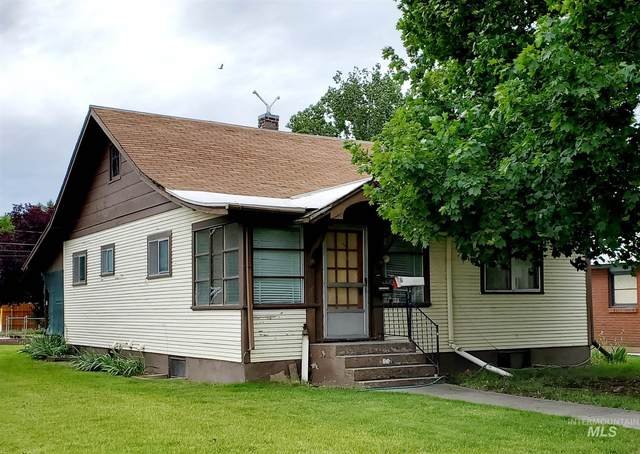 842 W 1st, Weiser, ID 83672 (MLS #98771161) :: Story Real Estate