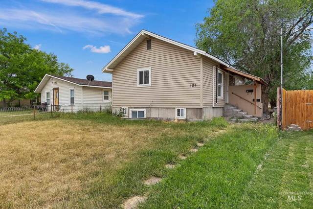 121 7th Ave South, Buhl, ID 83316 (MLS #98771290) :: Epic Realty