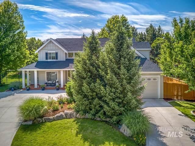 933 E Columbary, Eagle, ID 83616 (MLS #98771737) :: Build Idaho