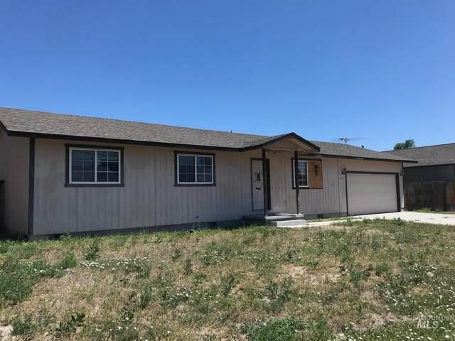 852 Sierra, Vale, OR 97918 (MLS #98771859) :: Adam Alexander