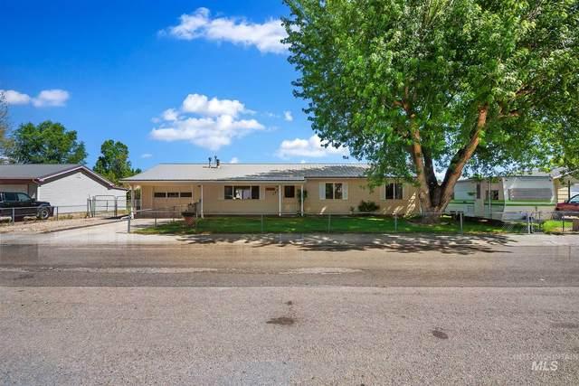 1414 E Park, Emmett, ID 83617 (MLS #98771897) :: Build Idaho