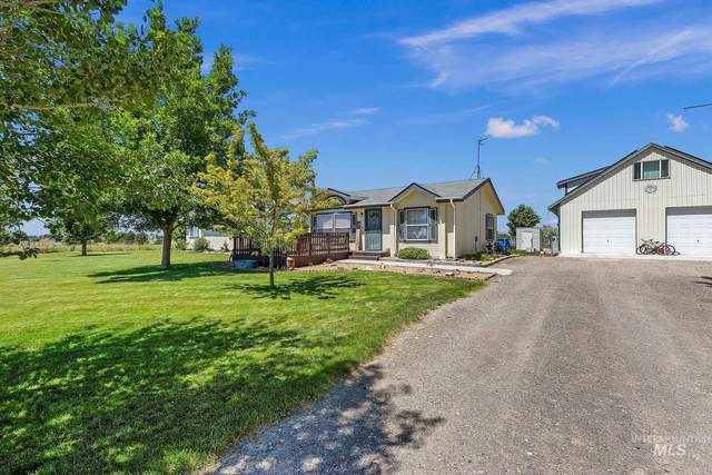 2020 E 1850 S, Gooding, ID 83330 (MLS #98771903) :: New View Team
