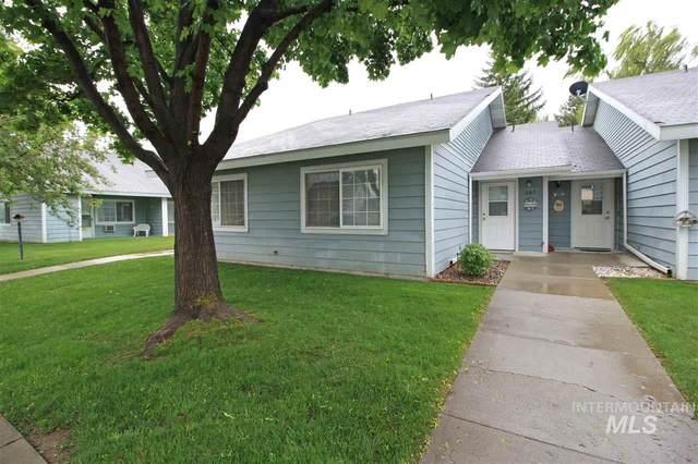 307 6th Street, Filer, ID 83328 (MLS #98772011) :: Idaho Real Estate Pros