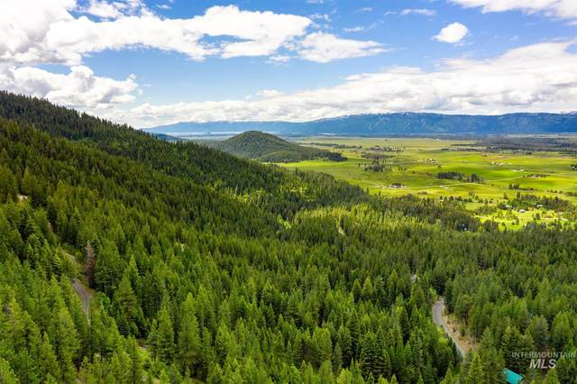 TBD Silver Fox Spur, Mccall, ID 83638 (MLS #98772069) :: Minegar Gamble Premier Real Estate Services