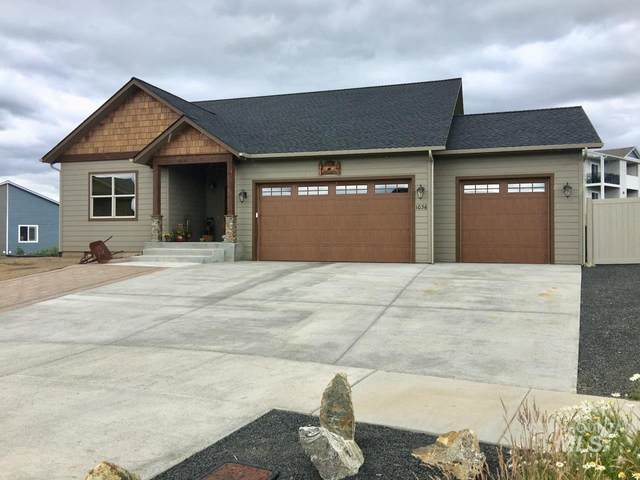 1036 Aponi, Moscow, ID 83843 (MLS #98772320) :: Jon Gosche Real Estate, LLC