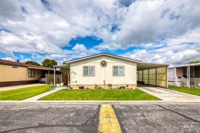 2299 N Iris Ln, Boise, ID 83704 (MLS #98772415) :: Minegar Gamble Premier Real Estate Services