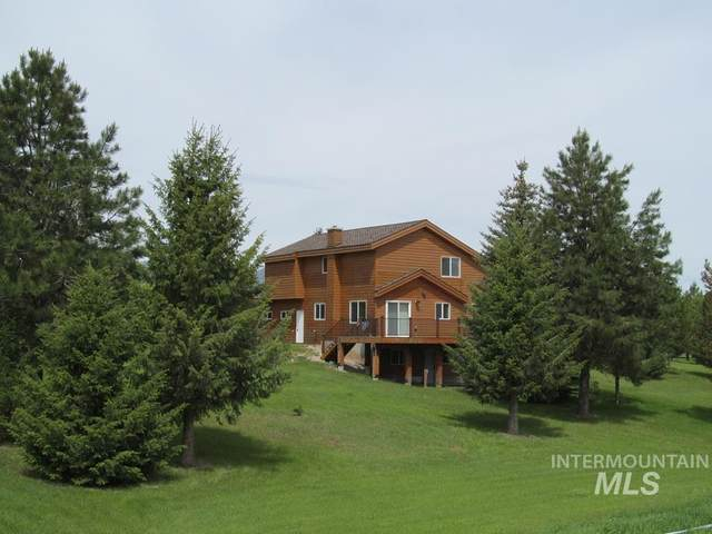 204 Clear Creek Rd, Cascade, ID 83611 (MLS #98772615) :: Bafundi Real Estate