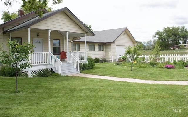 599 N Elmore Ave, Glenns Ferry, ID 83623 (MLS #98772624) :: Michael Ryan Real Estate