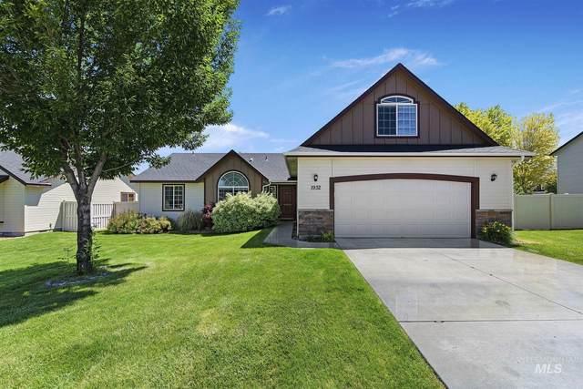 1932 N Rubine Ln, Kuna, ID 83634 (MLS #98772657) :: Full Sail Real Estate