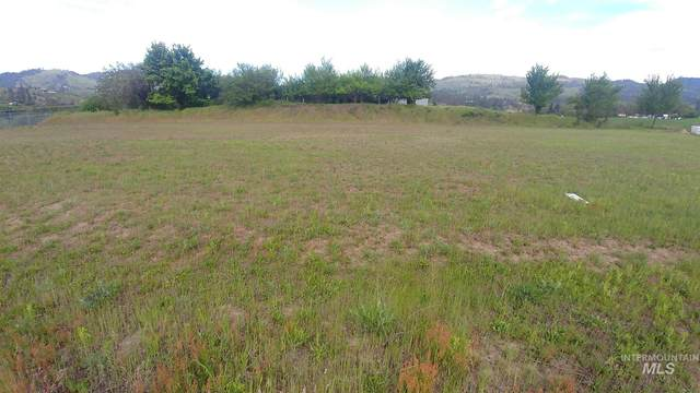 TBD Lot 7 Clearwater Addition, Kamiah, ID 83536 (MLS #98772683) :: Michael Ryan Real Estate