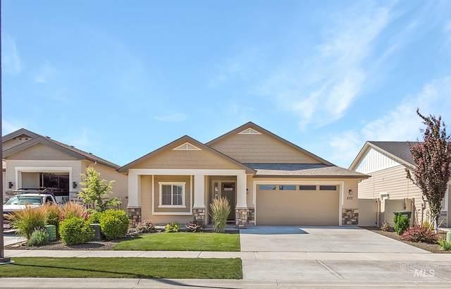 577 E Raison Ct, Kuna, ID 83634 (MLS #98772812) :: Full Sail Real Estate