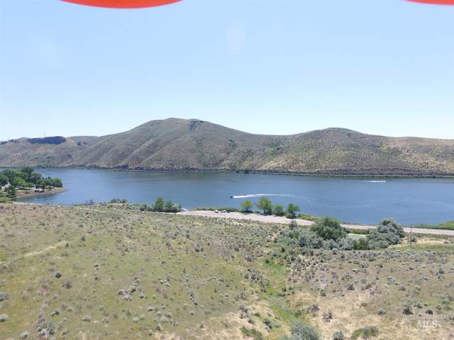 44X3 E Hwy 52, Emmett, ID 83617 (MLS #98772829) :: New View Team
