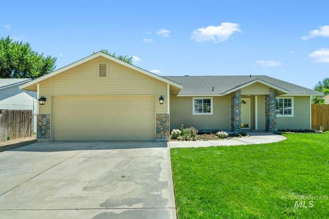 415 W Concord St, Middleton, ID 83644 (MLS #98772964) :: Bafundi Real Estate