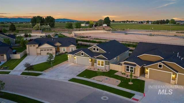 2914 E Snake River Dr., Nampa, ID 83686 (MLS #98772994) :: Bafundi Real Estate