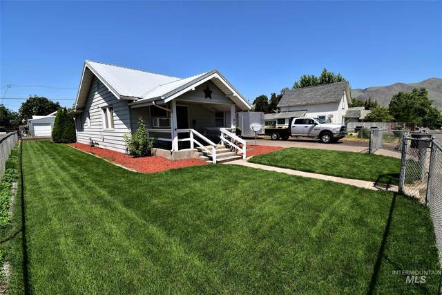 726 9th Street, Clarkston, WA 99403 (MLS #98773025) :: Jon Gosche Real Estate, LLC