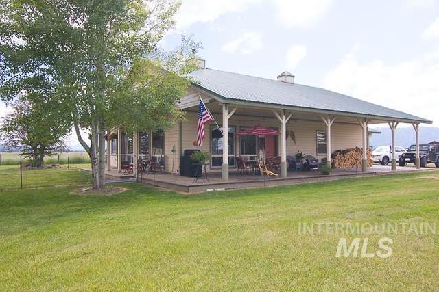223 Titus Lane, Donnelly, ID 83615 (MLS #98773032) :: Navigate Real Estate