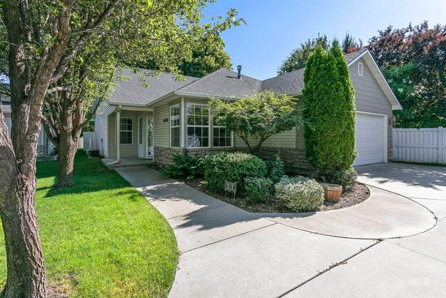 10001 W Sleepy Hollow Lane, Garden City, ID 83714 (MLS #98773056) :: Beasley Realty