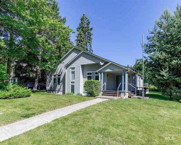 810 E E Street, Moscow, ID 83843 (MLS #98773133) :: Navigate Real Estate