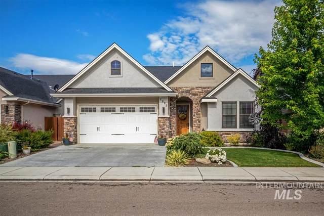 4685 N Park Crossing Ave, Meridian, ID 83642 (MLS #98773253) :: Jon Gosche Real Estate, LLC