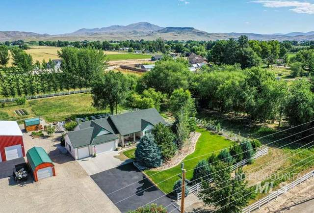 350 W Idaho Blvd, Emmett, ID 83617 (MLS #98773258) :: New View Team