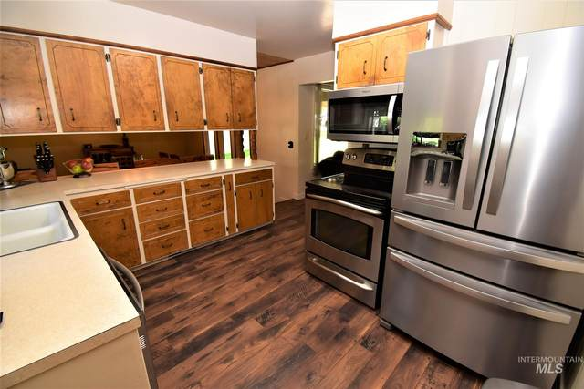 2313 13th Avenue, Lewiston, ID 83501 (MLS #98773270) :: Navigate Real Estate