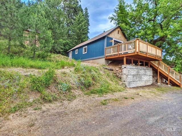 306 S Pine St, Troy, ID 83871 (MLS #98773440) :: Idaho Real Estate Pros