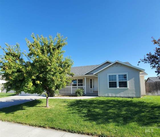 1063 SE Freedom Cir, Mountain Home, ID 83647 (MLS #98773580) :: Jon Gosche Real Estate, LLC