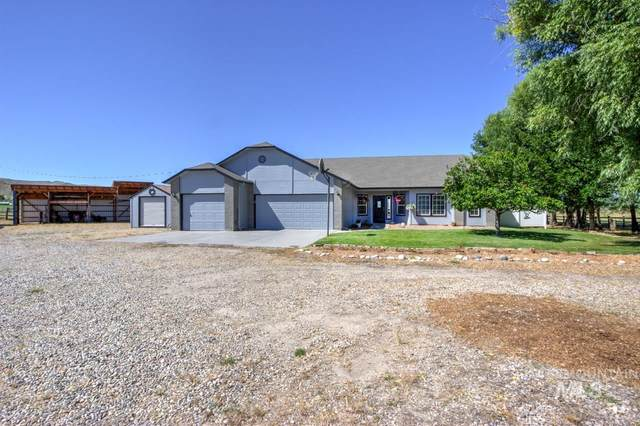 2745 E Main St, Emmett, ID 83617 (MLS #98773624) :: City of Trees Real Estate