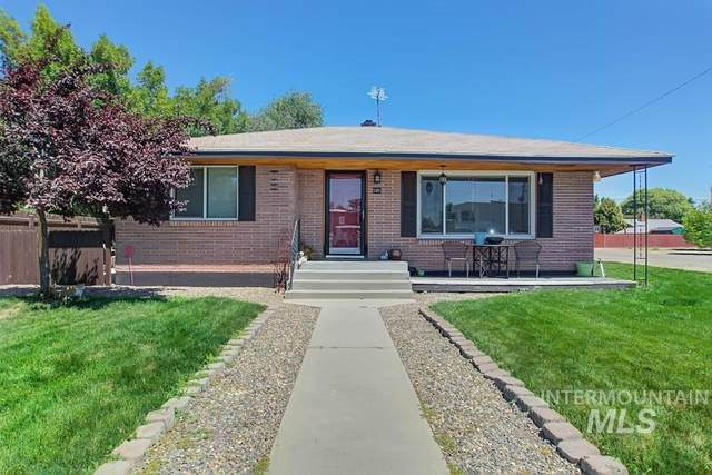 505 SW 2nd St, Fruitland, ID 83619 (MLS #98773638) :: Idaho Real Estate Pros
