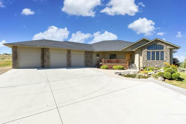 7517 Lonesome Wolf Way, Star, ID 83669 (MLS #98774466) :: Beasley Realty