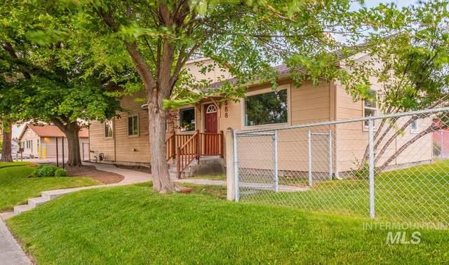 588 W Idaho Ave, Ontario, OR 97914 (MLS #98774550) :: Juniper Realty Group