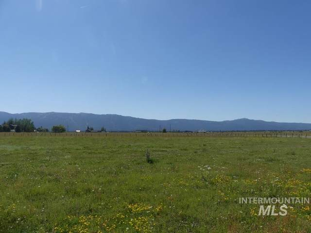 TBD-4 Gold Fork Road, Donnelly, ID 83615 (MLS #98775245) :: City of Trees Real Estate