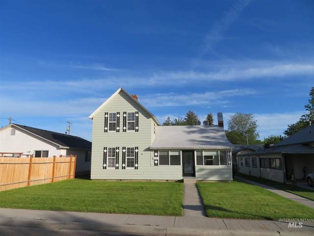 219 & 221 24th Ave S, Nampa, ID 83651 (MLS #98775613) :: Beasley Realty