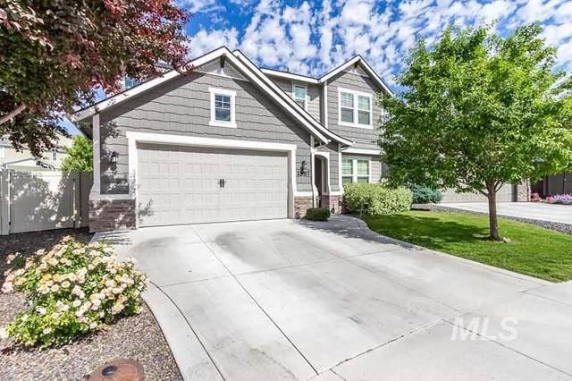 2587 N Bottle Brush Ave, Meridian, ID 83646 (MLS #98775875) :: Michael Ryan Real Estate