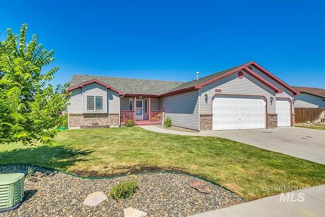 1439 SW Edward, Mountain Home, ID 83647 (MLS #98775881) :: Haith Real Estate Team