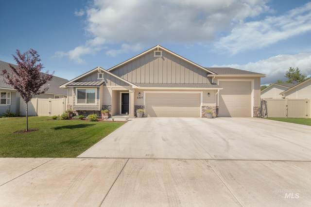 1307 Cottonwood Dr, Fruitland, ID 83619 (MLS #98775915) :: Juniper Realty Group
