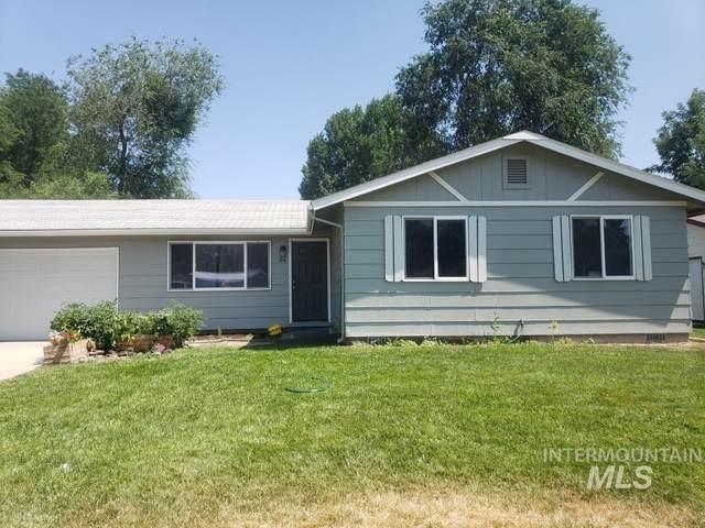 54 N Hawthorne Ct, Nampa, ID 83651 (MLS #98775972) :: Navigate Real Estate