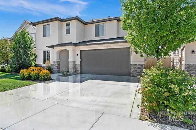 8117 S Red Cliff Ave, Boise, ID 83716 (MLS #98776126) :: Build Idaho