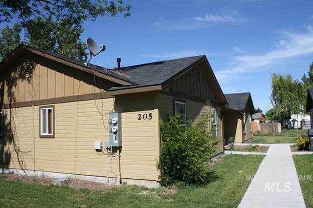 205 Dewey Ave, Middleton, ID 83644 (MLS #98776142) :: City of Trees Real Estate
