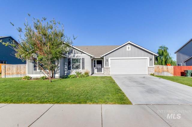 713 S Landore Ave., Kuna, ID 83634 (MLS #98776231) :: Silvercreek Realty Group
