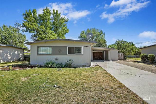 7521 W Wesley Dr, Boise, ID 83704 (MLS #98776474) :: Full Sail Real Estate