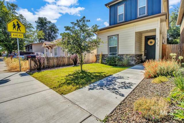 6121 W Poplar St, Boise, ID 83704 (MLS #98776517) :: Team One Group Real Estate