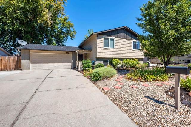 7704 W Iron Ct, Boise, ID 83704 (MLS #98776607) :: Full Sail Real Estate