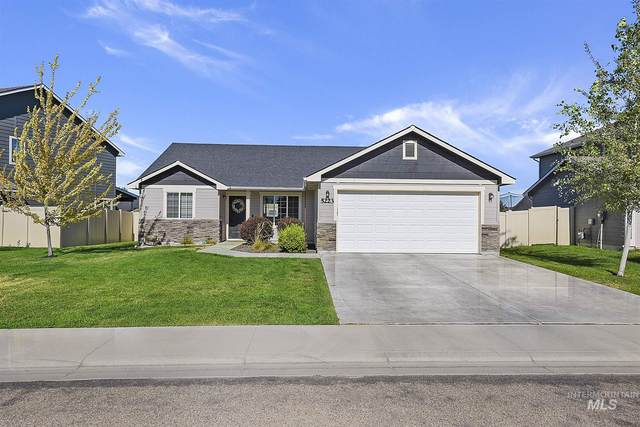 5223 Boomerang, Caldwell, ID 83607 (MLS #98776828) :: New View Team