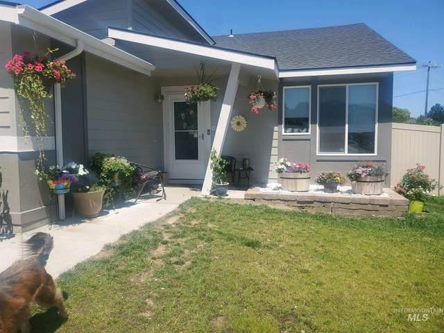 46 W Snowy Owl St, Kuna, ID 83634 (MLS #98776951) :: Build Idaho