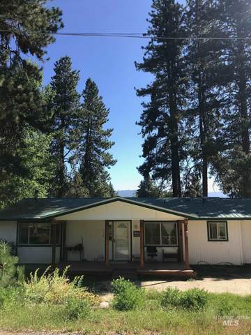 312 S School St, Cascade, ID 83611 (MLS #98777215) :: Team One Group Real Estate