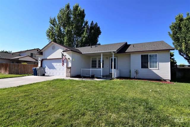 680 Teton Dr, Mountain Home, ID 83647 (MLS #98777416) :: Team One Group Real Estate