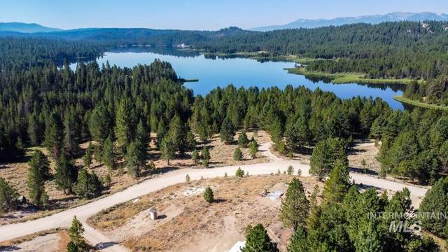 780 Lost Basin Rd, Cascade, ID 83611 (MLS #98777848) :: Team One Group Real Estate