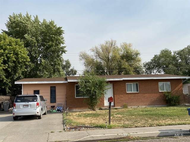 630 E 12th N, Mountain Home, ID 83647 (MLS #98777921) :: Jon Gosche Real Estate, LLC